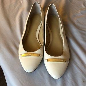 Size 9 Ralph Lauren tan flats
